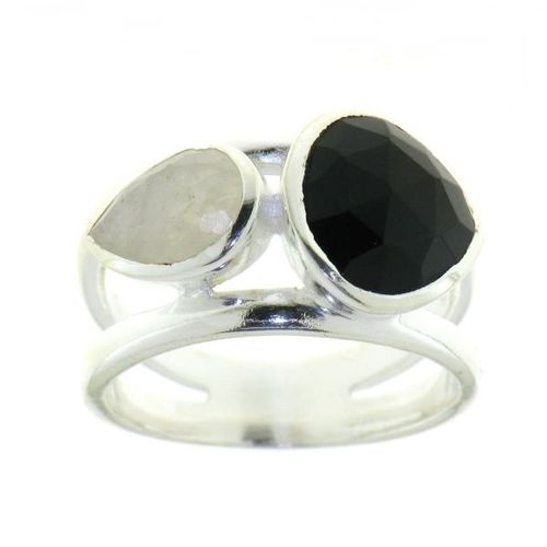 Black Onyx Ring model R5-045-BO-17
