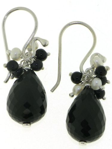 Onyx Hanging earring model E6-008